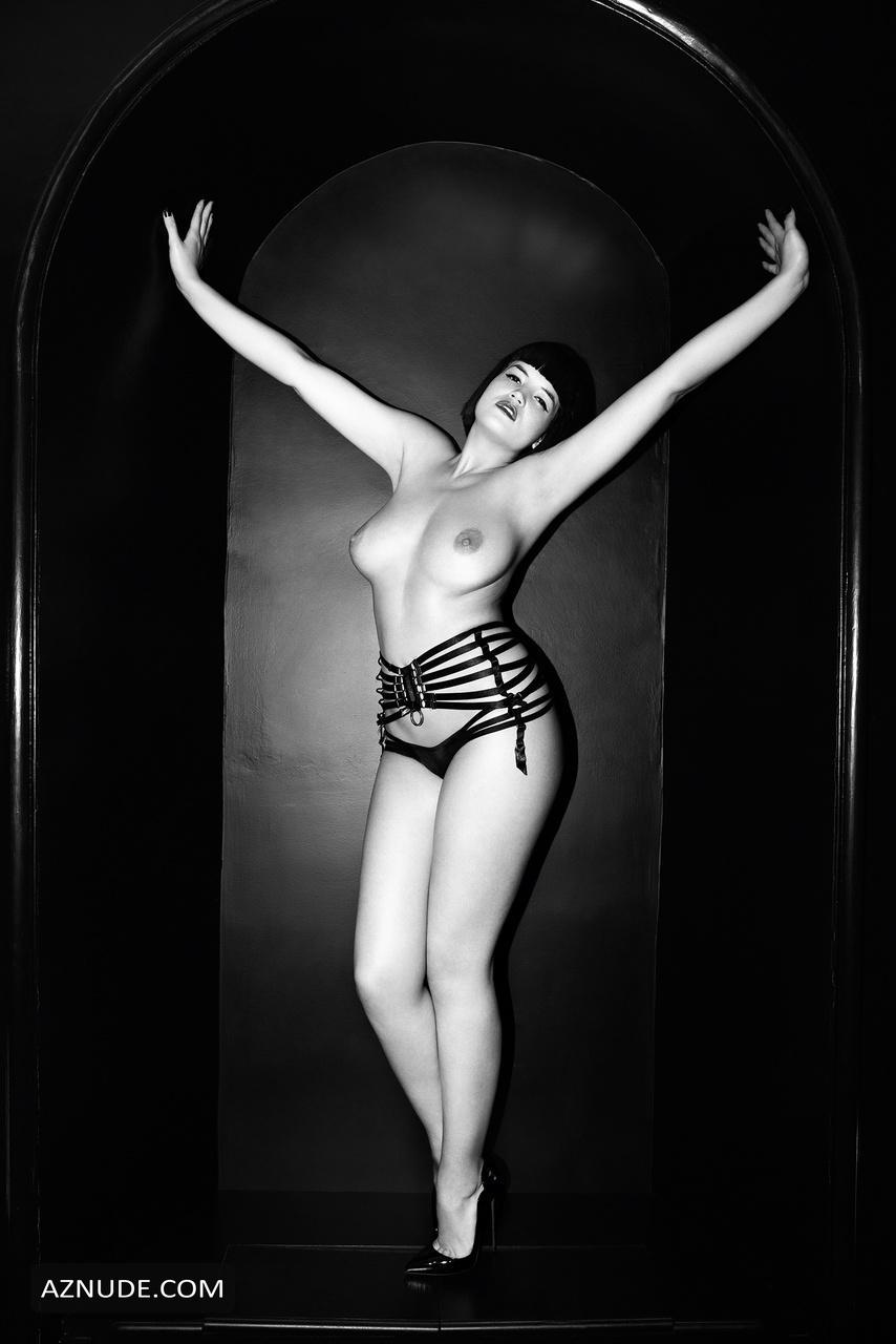 Nackt  Tessa Kuragi Nude Models