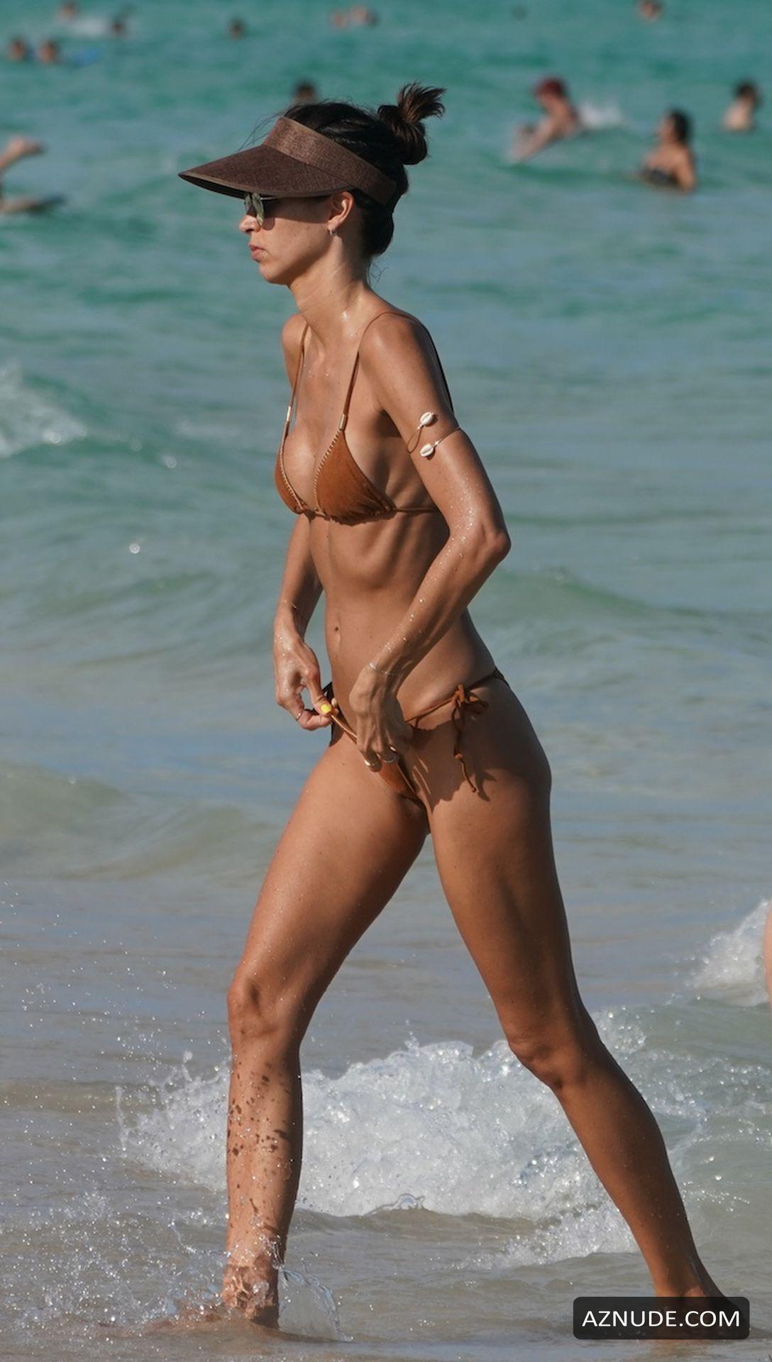 Bikini story thong
