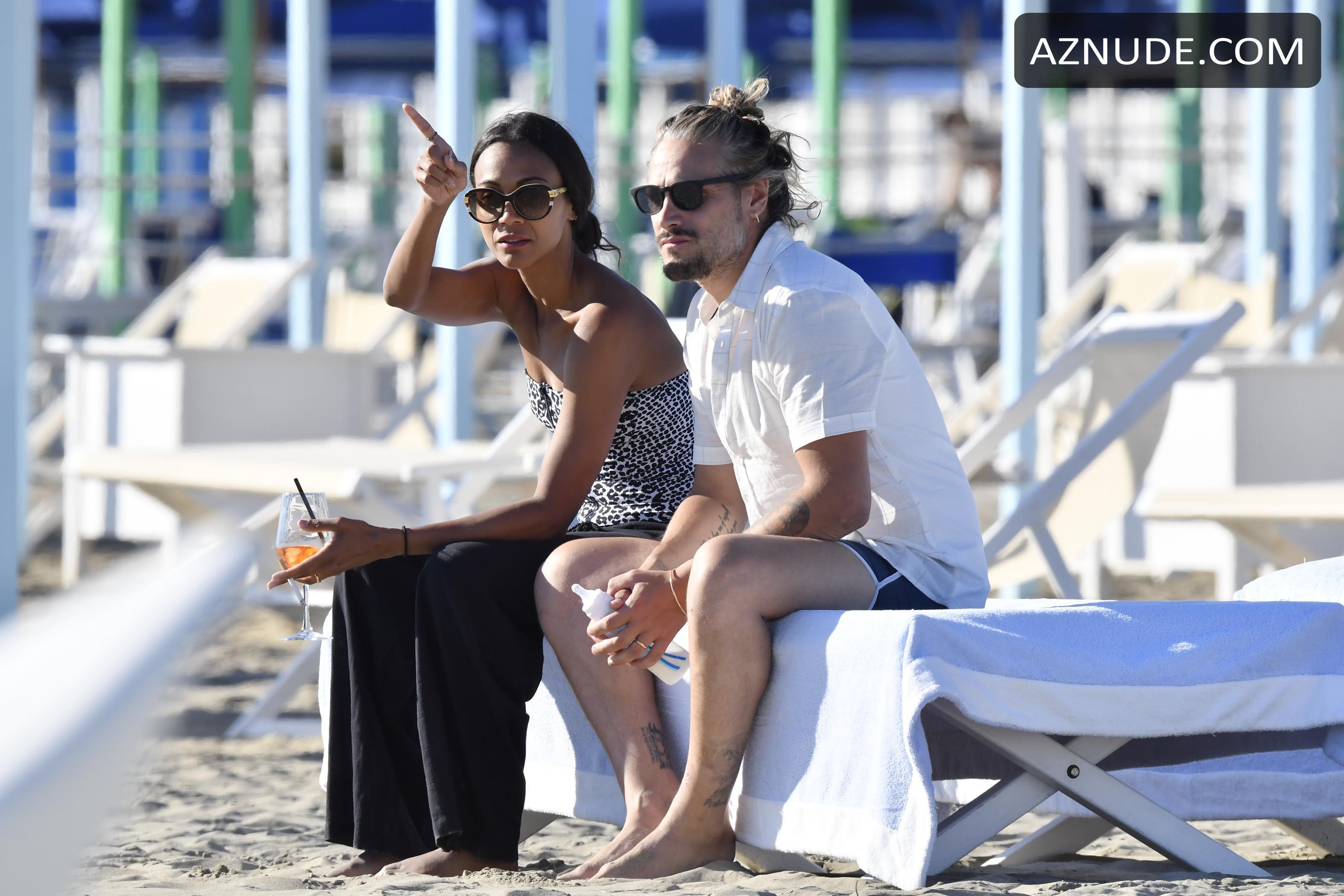 Zoe Saldana Sexy On Holiday In Forte Dei Marmi In Italy -9497