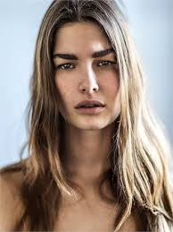 Nackt Ophelie Guillermand  Lisa Peachy