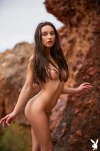 Dagny Paige  nackt