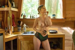 Martha nackt Graeff Martha Graeff